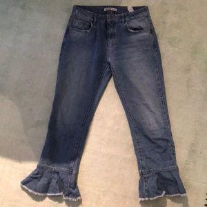 Zara Jeans w/ flare